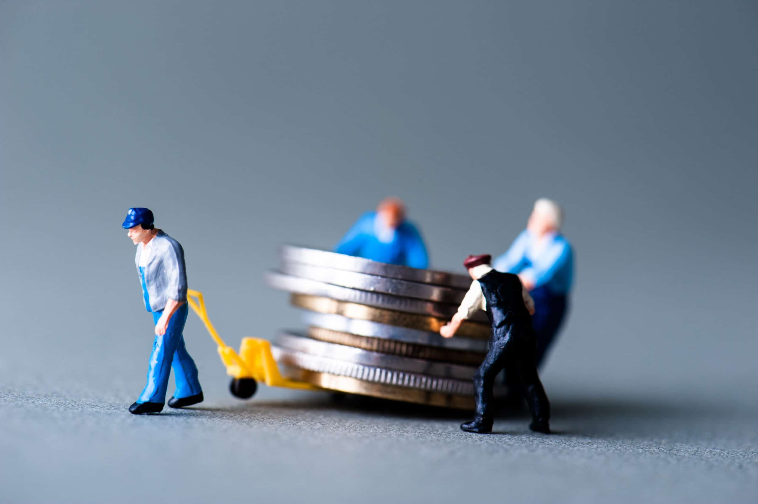 på krav utestående lønn